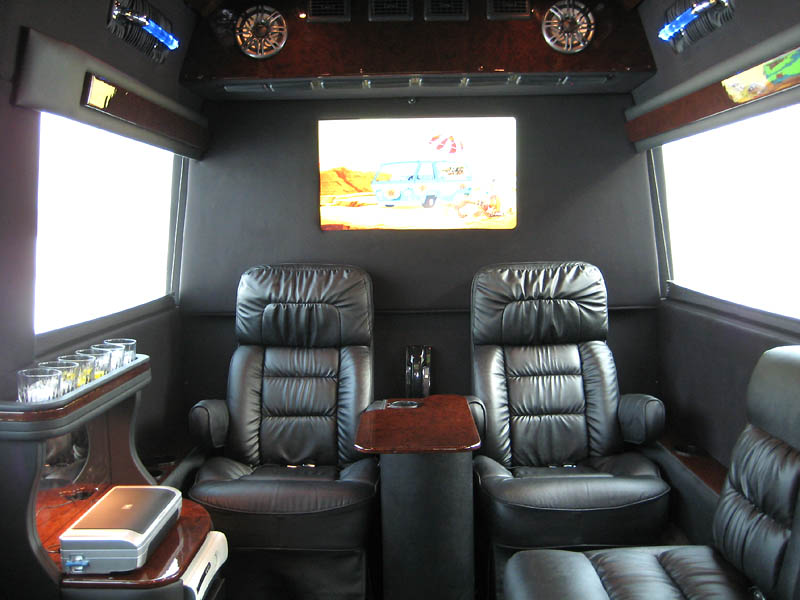 vehicles_sprinter_interior